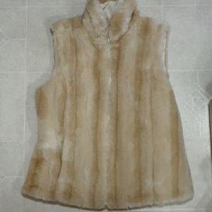 Kristen's Blake Reversible F Fur Vest